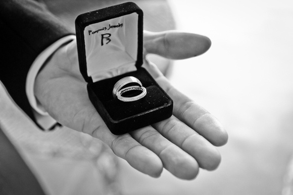 Wedding ring and wedding band photograph